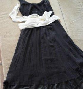 Новое платье Oodji с плиссированной юбкой, р.42