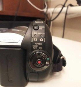 Срочно! Продам.Видеокамера! В отличном состоянии !