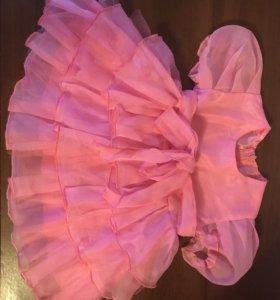Платье на 9-12 мес