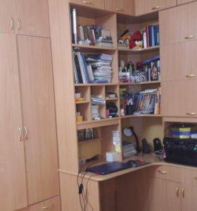 Шкаф, стенка и ученический стол
