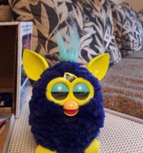Игрушка Furby. Фирма Hasbro