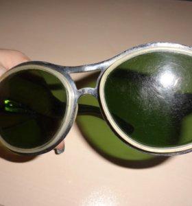 Ретро-очки от солнца