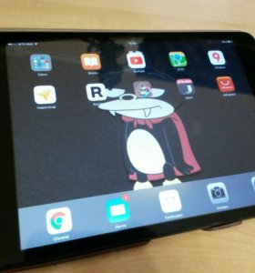 Apple ipad mini 16GB with cellular. 3G, LTE