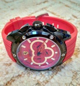 Механические часы Ferrari