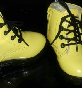 Ботинки 25 р