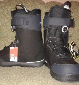Новые ботинки для сноуборда Wedze 44 р