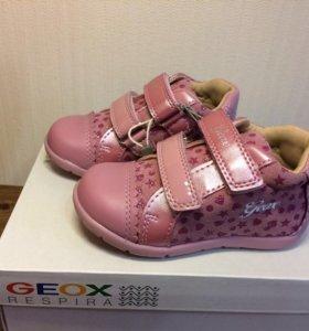 Новые ботинки Geox 22 размер