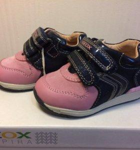 Новые ботинки Geox 20 размер