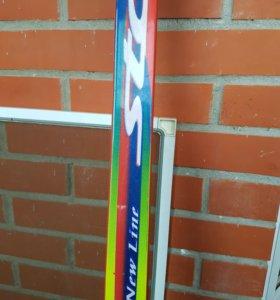 Лыжи пластиковые 195