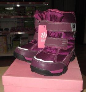 Новые сапожки для девочки