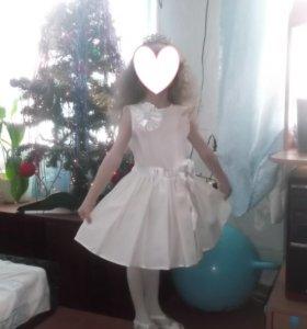 праздничное платье на 4-6 лет
