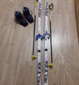 Лыжный набор(палки ,ботинки ,лыжи)