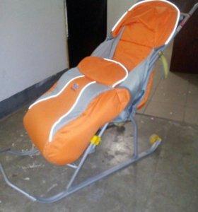 Продам санки коляску