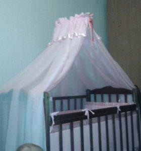 Продам кроватку-маятник со спальным комплектом