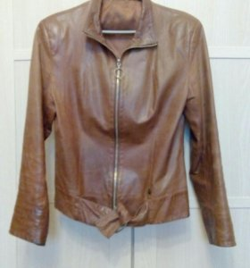 Куртка (кожа) р.42