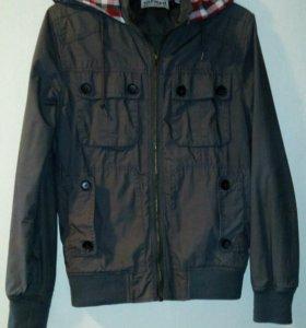 Куртка TOPMAN xs