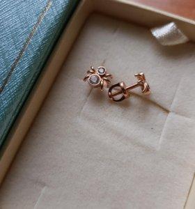 Золотые серьги- паучки