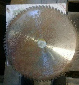 Пила дисковая с твердосплавными напайками