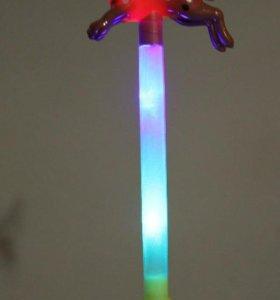 Светящаяся палочка с собачкой (символ Нового года)