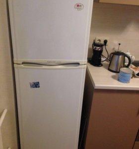 Продам холодильник LG Nofrost