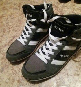 Кроссовки, ботинки, обувь, зимние, осенние,