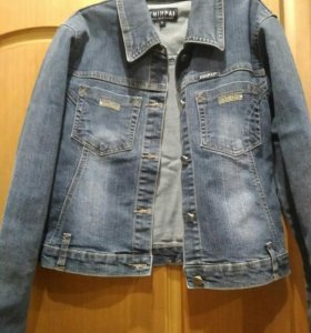 Джинсовые куртка