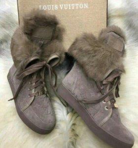 Ботинки зимние 35,5-36 размер новые