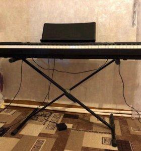 Подставка под фортепиано