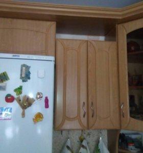 Кухонный гарнитур 10,000 торг уместен