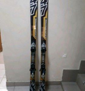 Горные лыжи с креплением