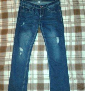 Bershka новые джинсы