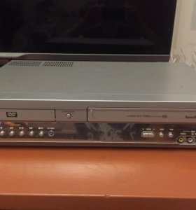 Samsung DVD + VHS, CV-DVD50