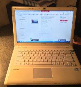 Ноутбук Sony VAIO VPCCW1E1R