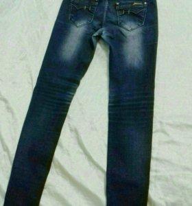 НОВЫЕ джинсы синие