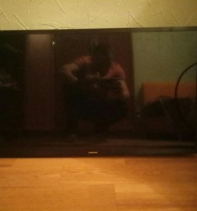 "Телевизор Samsung 32"" на запчасти"