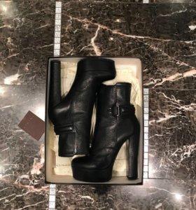Ботинки Vichini, р.40, новые