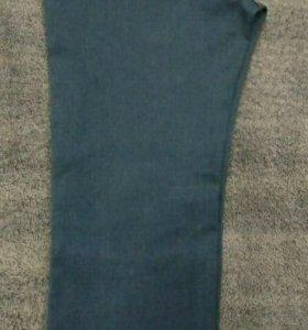 Стрейчевые женские джинсы не новые