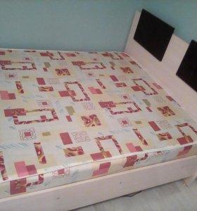 Кровать1м40см на 1м90см