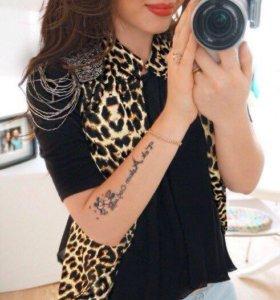 Леопардовый жакет,с украшением на плечах,и шифоном