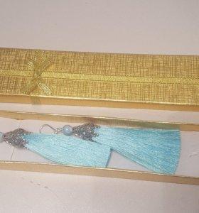 Серьги-кисти в подарочной упаковке