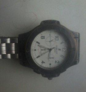 часы HUBOLT