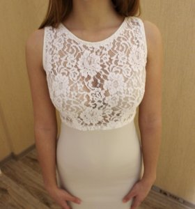 Платье белое-бежевое, кружевное