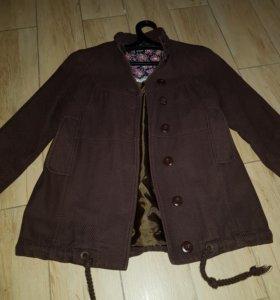 Женская куртка р.S