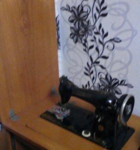 Ножная швейная машинка Подольск