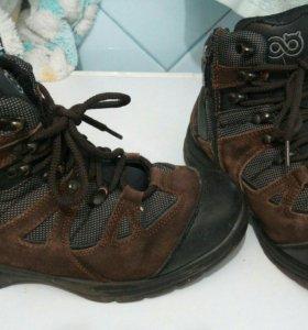 Ботинки зимние 38 р