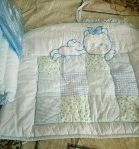 Набор бортиком в кроватку