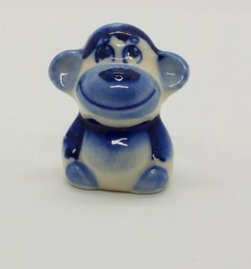 Фигурка обезьянки (гжель)