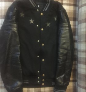 Куртка(бомбер)