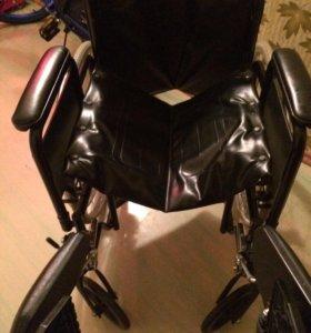 Продам инвалидное кресло(стол в пОдарОк)