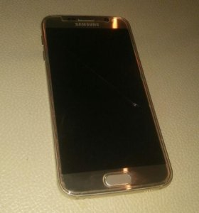 Samsung galaxy S6 duos gold.